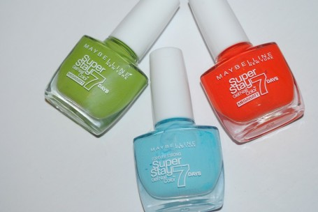 maybelline-forever-strong-super-stay-nail-mega-watt-pastels-review-swatches