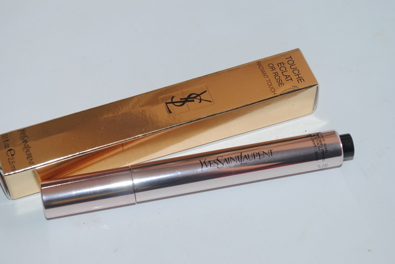 YSL-Touche-Eclat-Rose-Gold-Highlighter-Review