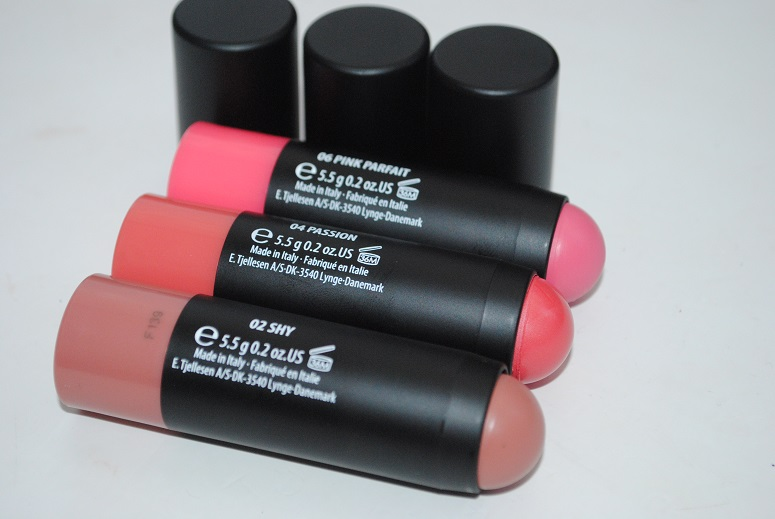 gosh-giant-blush-stick-review-2