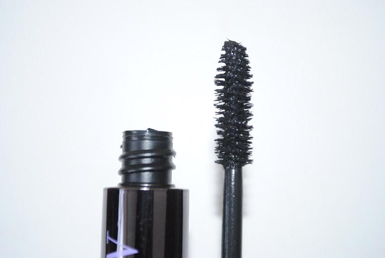 urban-decay-perversion-mascara-review-brush