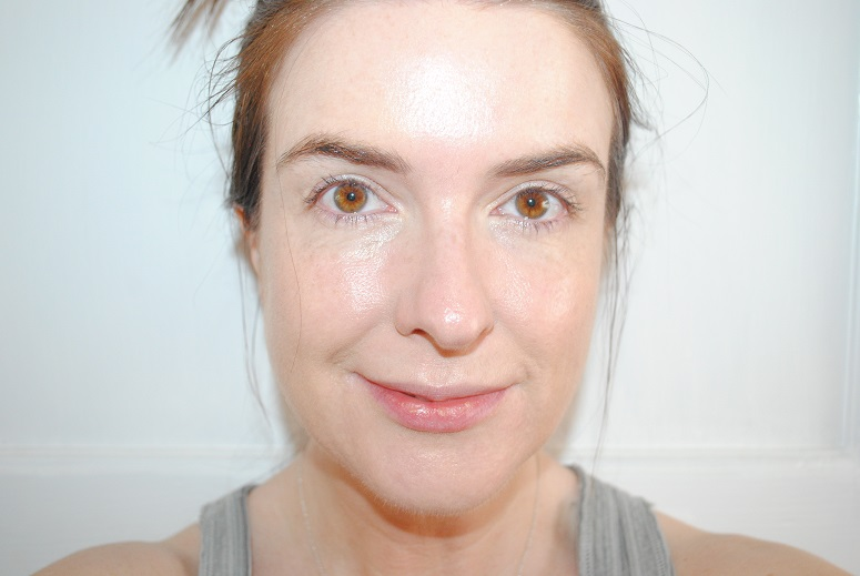 Bare-Minerals-BareSkin-foundation-review-after-photo