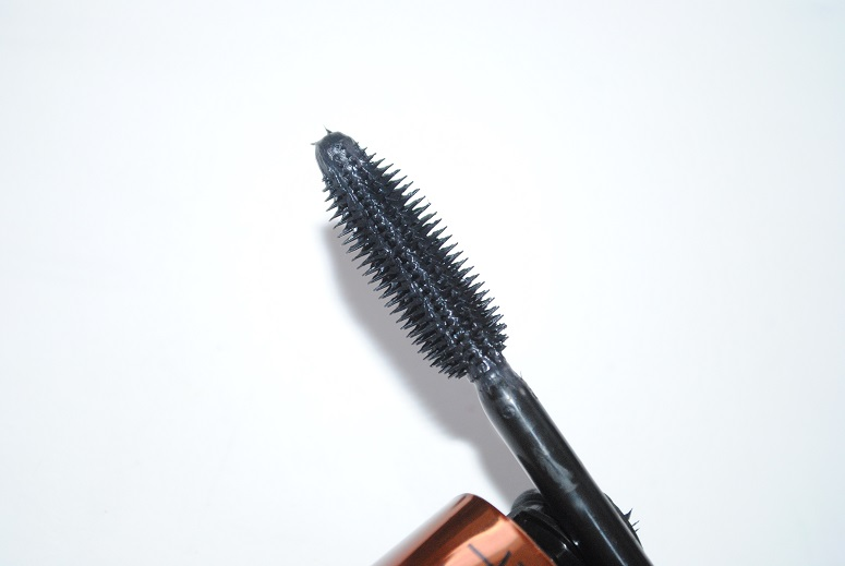 Rimmel-wonder-full-mascara-brush-review