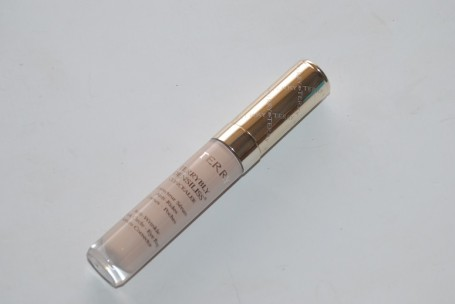 By-Terry-Terrybly-Densiliss-concealer-review