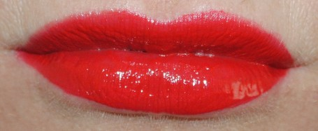 Rimmel-Provocalips-Lip-Colour-swatch-500-kiss-me-you-fool-2