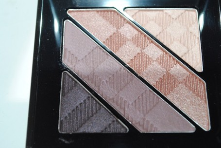 burberry-beauty-aw14-complete-eye-palette-nude-blush-review-2