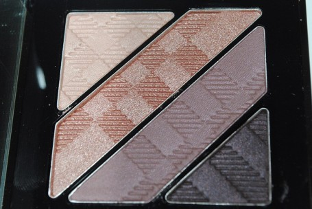 burberry-beauty-aw14-complete-eye-palette-nude-blush-review-3
