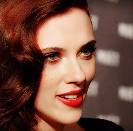 5-Best-Celebrity-Red-Lips-4