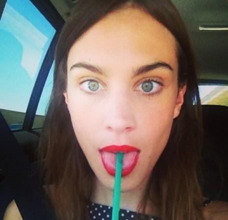 5-Best-Celebrity-Red-Lips-5