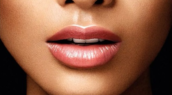 5-Ways-to-Instantly-Bigger-Lips