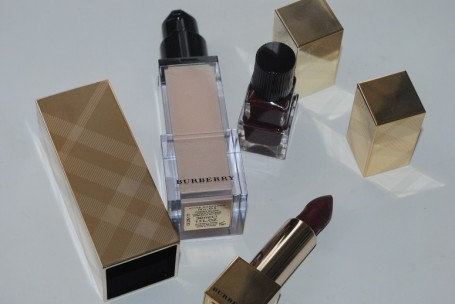 Burberry-Beauty-Christmas-2014-Makeup-Collection-review-2