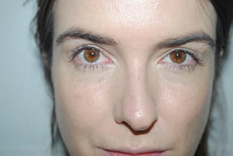 No7-Instant-Radiance-Under-Eye-Concealer-Before