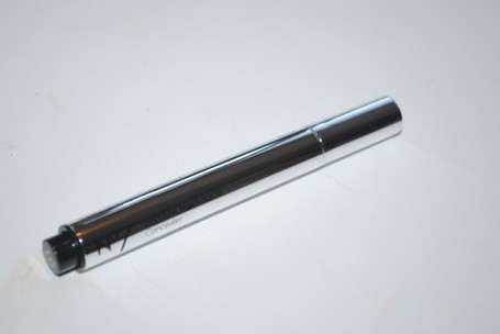 No7-Instant-Radiance-Under-Eye-Concealer-review