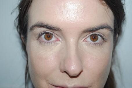 No7-Instant-Radiance-Under-Eye-Concealer-swatch-shade-10