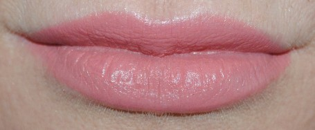 Tom-Ford-Lip-Color-Matte-first-time-swatch