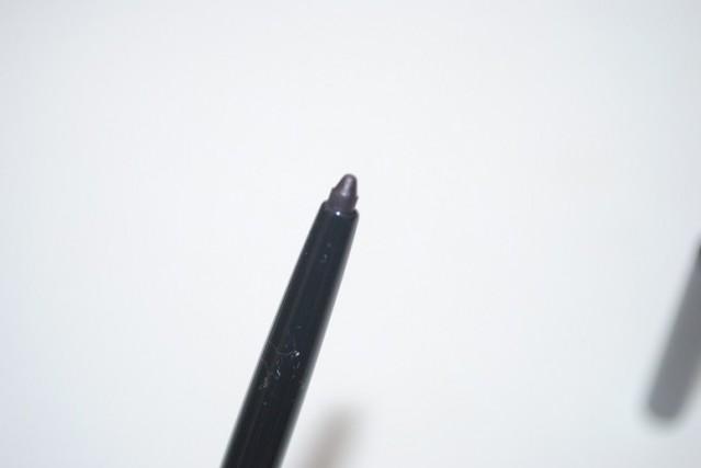 burberry-eyes-collection-effortless-kohl-eyeliner-pale-grape