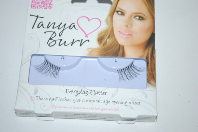 tanya-burr-lashes-everyday-flutter-review
