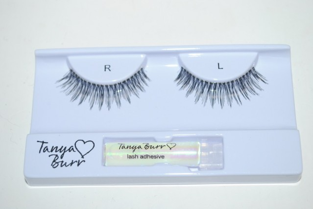 tanya-burr-lashes-pretty-lady-review