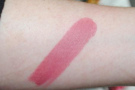 tom-ford-matte-lipstick-swatch-pussycat