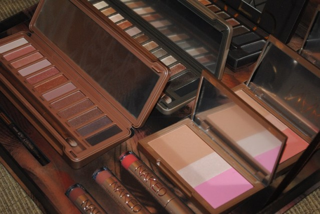 urban-decay-naked-vault-2014-review-11