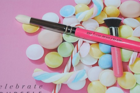 zoeva-pink-elements-231-luxe-petit-crease
