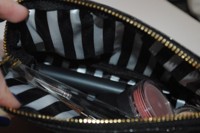 bare-minerals-in-the-spotlight-kit-review