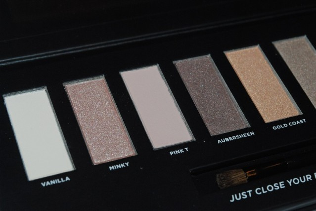 soap-&-glory-perfect-ten-palette-review-swatches