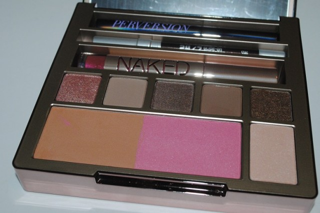 urban-decay-naked-on-the-run-swatches-3