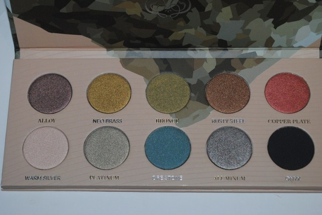zoeva-mixed-metals-palette-review-4