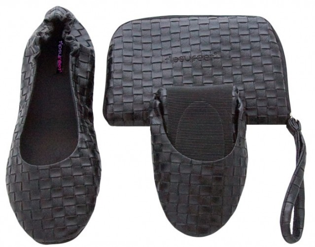 Christmas-Party-Survival-Tips-tipsy-feet-foldable-shoes