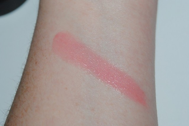 MAC-red-red-red-casual-colour-red-obsessed-swatch