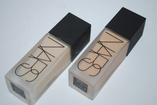 NARS-All-Day-Luminous-Weightless-Foundation-review-3