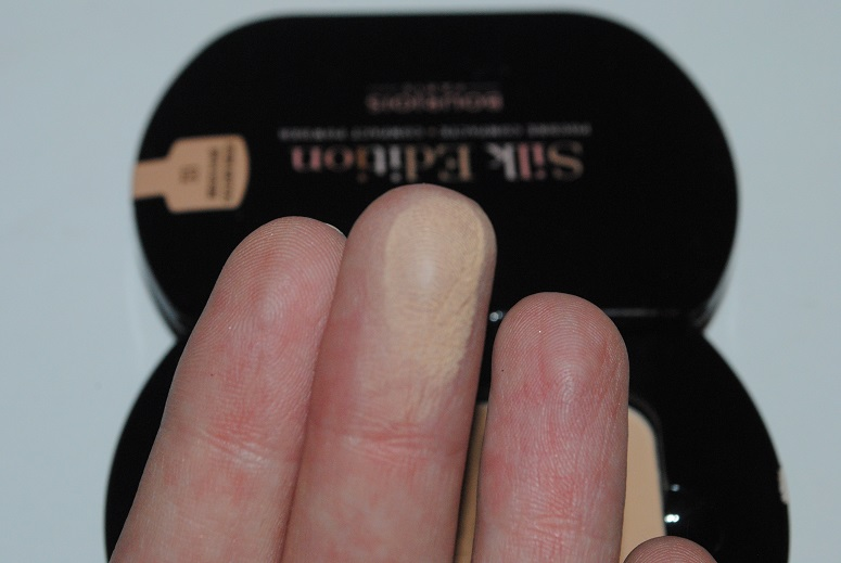 bourjois silk edition compact powder review swatches really ree. Black Bedroom Furniture Sets. Home Design Ideas