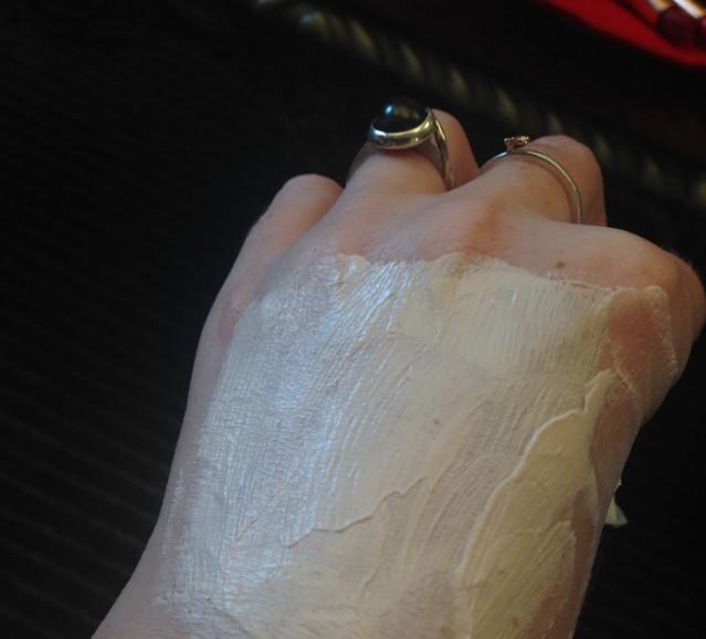 charlotte-tilbury-goddess-skin-clay-mask-review