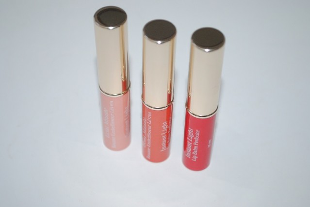 clarins-instant-light-lip-balm-perfector-review-2