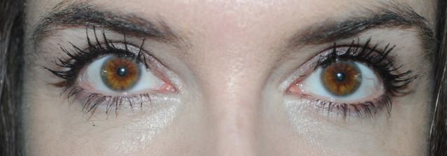rimmel-scandaleyes-xx-treme-mascara-review-after