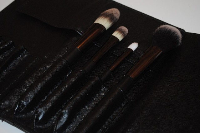 No7-Core-Collection-Brush-Set-review-2