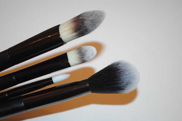 No7-Core-Collection-Brush-Set-review-3