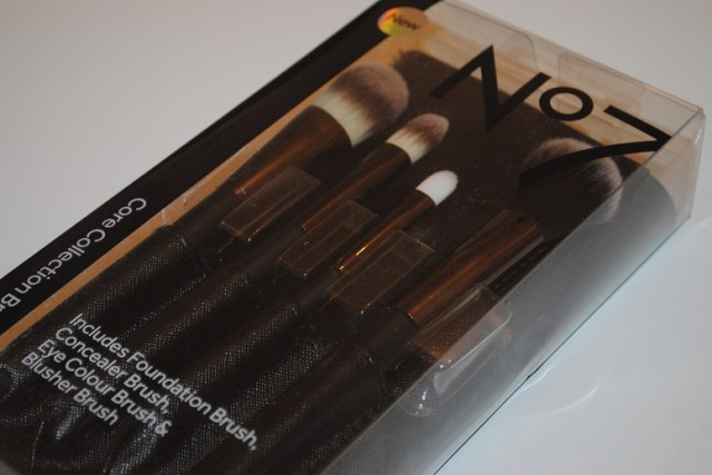 No7-Core-Collection-Brush-Set-review