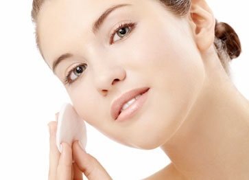 beauty-resolutions-to-keep-in-2015-cleanse-before-bed