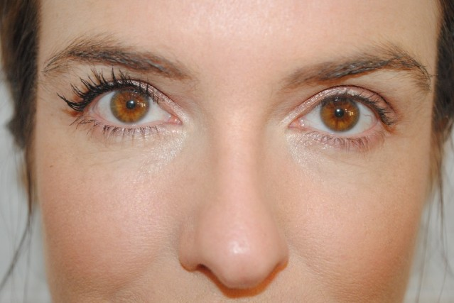 benefit-roller-lash-mascara-review-after-1-coat