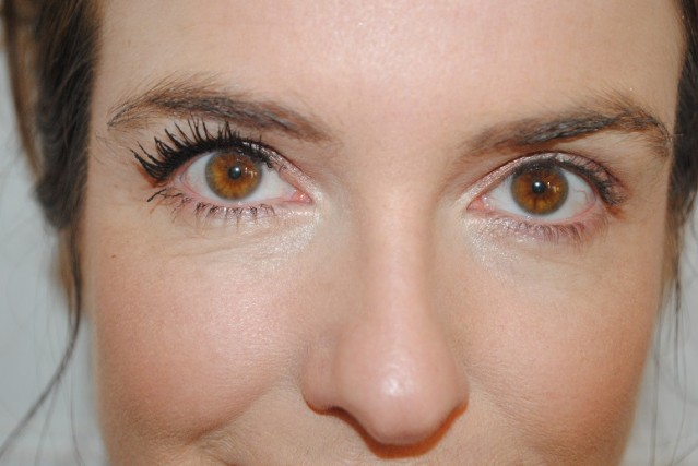 benefit-roller-lash-mascara-review-after-2-coats
