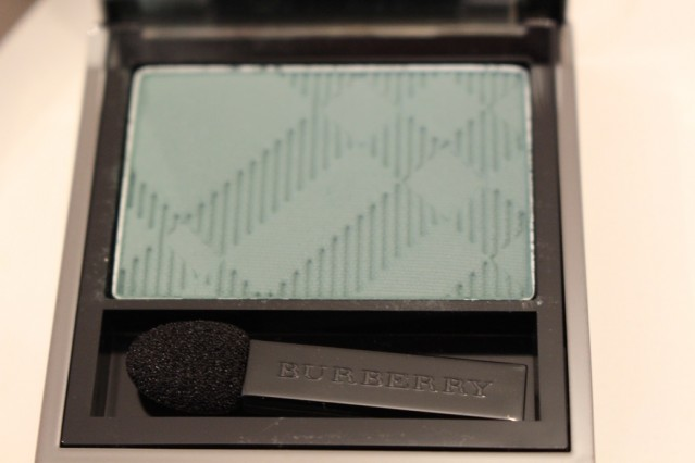 burberry-beauty-spring-2015-eye-colour-aqua-green-309