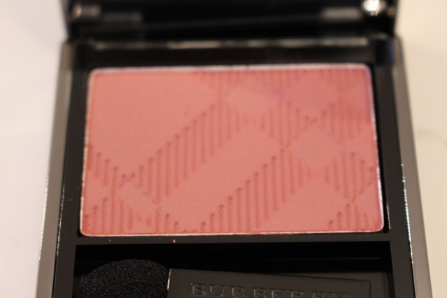 burberry-beauty-spring-2015-eye-colour-rose-pink-201