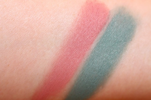 burberry-beauty-spring-2015-eye-colour-swatch-wet