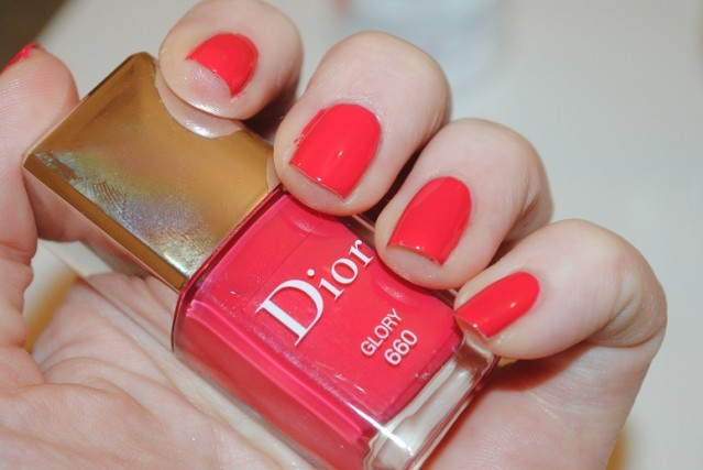 dior-spring-2015-nails-glory-660-swatch