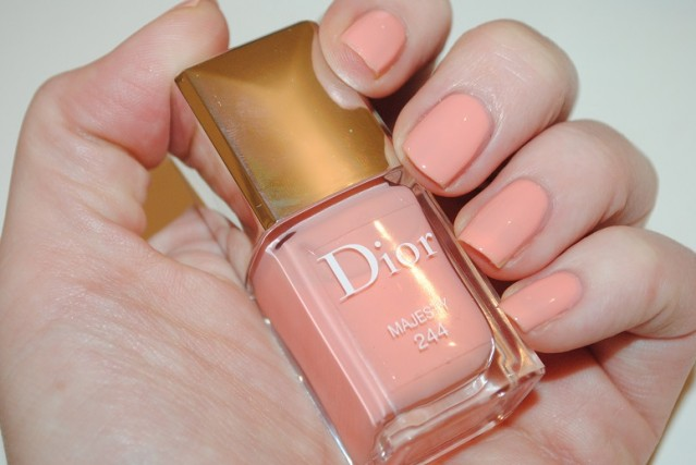 dior-spring-2015-nails-majesty-244-swatch