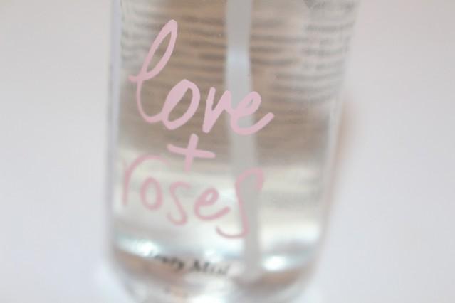olivine-love-+-roses-beauty-mist-review-4