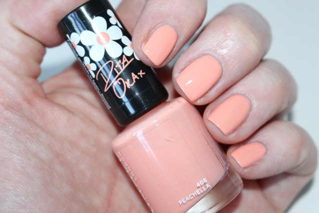 rimmel-rita-ora-60-second-nail-polish-swatch-peachella-408
