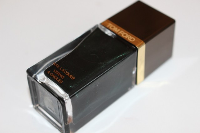 tom-ford-Nail-Lacquer-Black-Jade-review-2