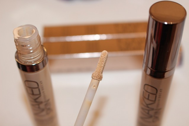 urban-decay-naked-skin-concealer-review-4